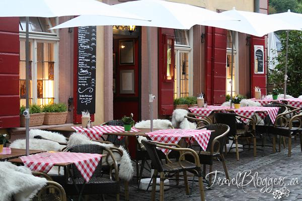 Hotels & Restaurants, TravelBloggers.ca