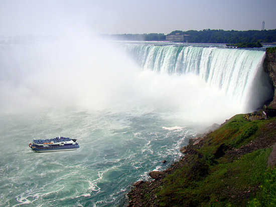 TravelBloggers.ca, Maid Of The Mist, Niagara Falls