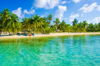 WestJet-Belize welcomes WestJet as its first non-stop flight fro